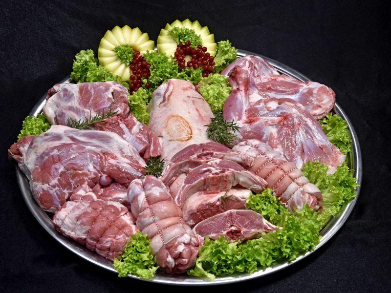 Lamsvlees en rozemarijn